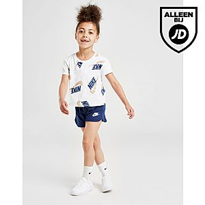 9da2bcaf05c Nike Girls' Shine Print T-Shirt/Shorts Set Kinderen ...