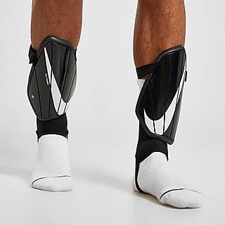 Nike Charge Benskydd