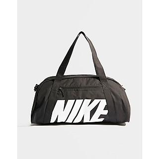Shoppa Nike Gym Club Träningsväska i en Svart färg   JD