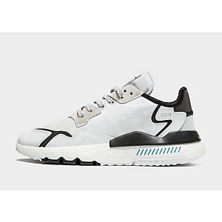 Klassiska Sneakers Gifts | JD Sports Sverige