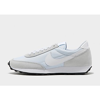 Nike รองเท้าผู้หญิง Dbreak