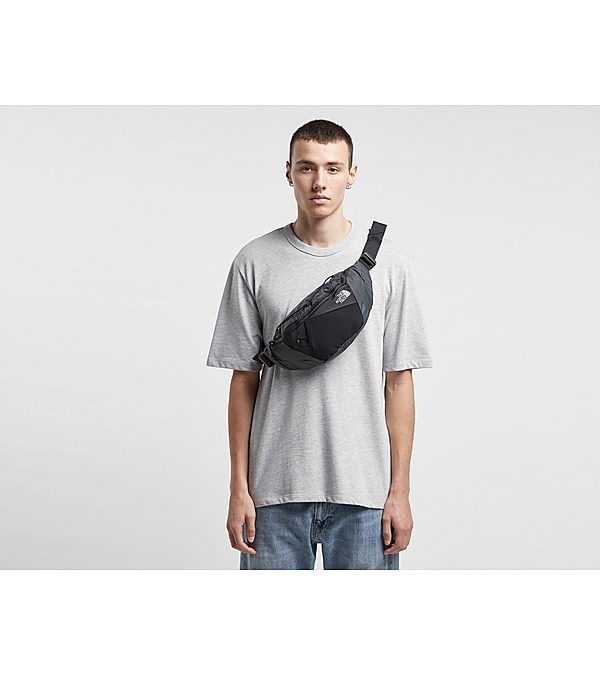 black-the-north-face-lumbnical-waist-bag