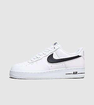 5038a815c8 Nike Air Force 1 '07 Low Essential ...