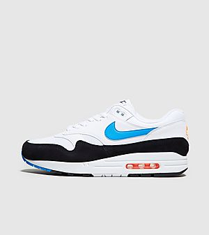 bd90b06995 Nike Trainers, Clothing & Accessories | size?