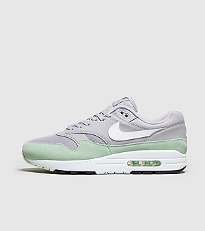 super popular bd75e 0b468 Nike Air Max 1 Essential ...