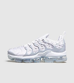 outlet store 26a2f 18e63 Nike Air VaporMax Plus ...