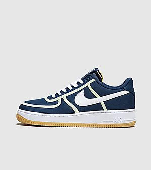 finest selection 16949 66251 Nike Air Force 1  07 Premium ...