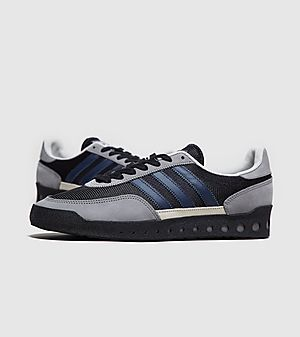 dcb2faadb9a adidas Originals | Trainers, Clothing & Accessories | size?