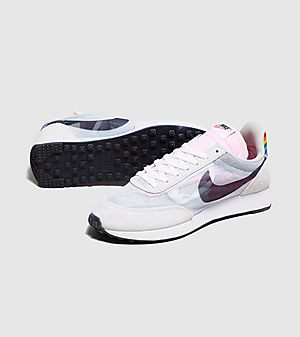 0a7c0f18 Nike Trainers, Clothing & Accessories | size?