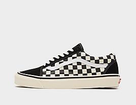 black-vans-anaheim-old-skool-checkerboard
