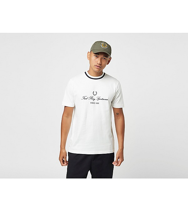 fred-perry-script-t-shirt