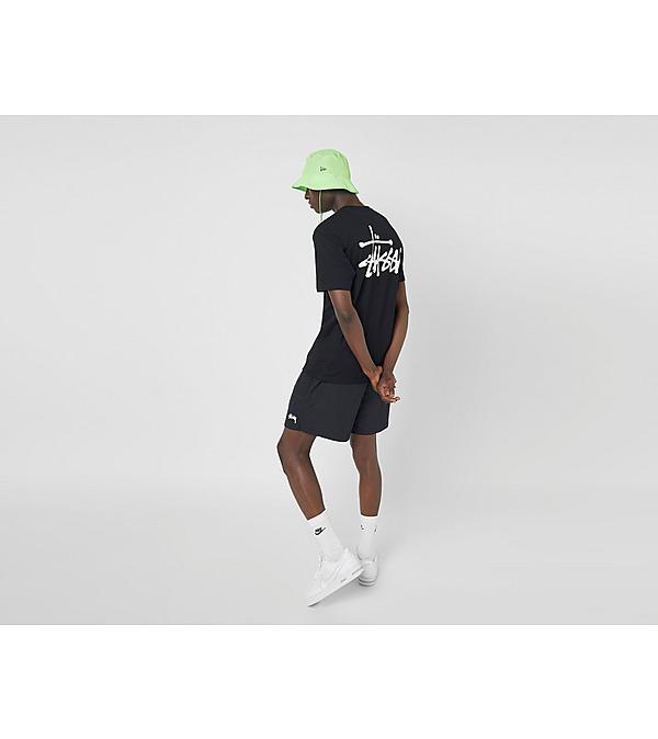 black-stussy-basic-logo-t-shirt