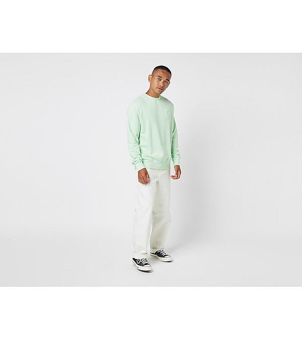 green-nike-club-fleece-sweatshirt