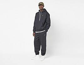black-nike-nrg-premium-essentials-hoodie