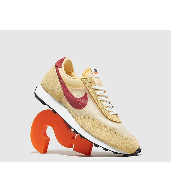 yellow-nike-daybreak-sp