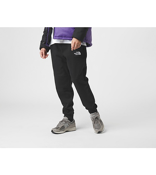 black-the-north-face-fine-2-sweat-pants