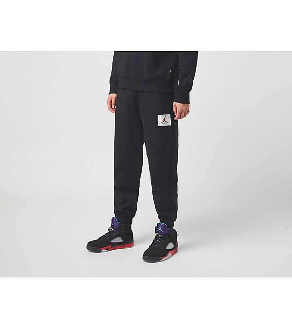 black-nike-flight-fleece-pant