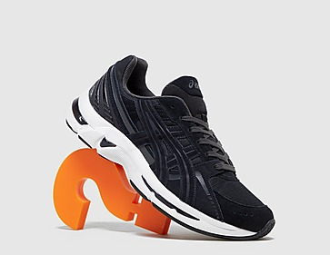 black-asics-gel-kyrios