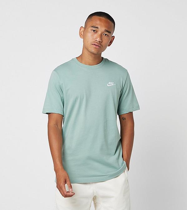 green-nike-club-short-sleeve-t-shirt