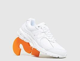 white-new-balance-2002