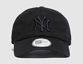 black-new-era-mlb-casual-classic-new-york-yankees-cap