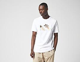white-nike-sportswear-shoeshi-t-shirt