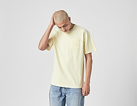 white-nike-sportswear-premium-essential-t-shirt