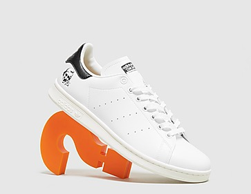 white-adidas-originals-stan-smith