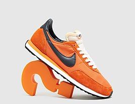 orange-nike-waffle-trainer-2
