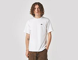 white-adidas-sk-40-logo-t-shirt