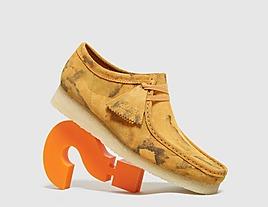 orange-clarks-originals-wallabee-camo