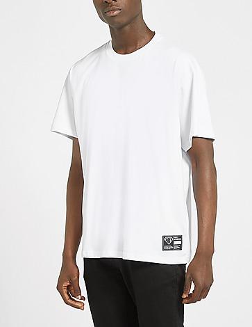 IUTER Basic Patch T-Shirt